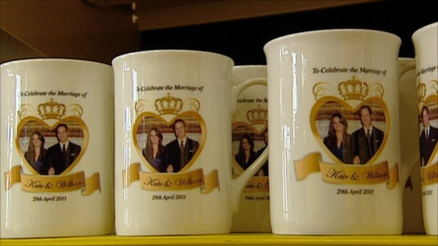 Printed Photo Mugs On Your Wedding Days Corporate Gifts Premium